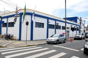 Prefeitura de Caraguatatuba abre concurso público para 166 vagas em diversos cargos