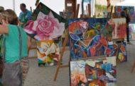 Coreto recebe exposições dos alunos das Oficinas Culturais de Artes Plásticas e Artesanato
