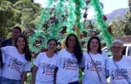Equipe do Natal Espetacular visita Comunidade Restitui, que confeccionou a árvore de natal