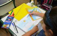 Prefeitura entrega 100% dos kits de materiais nas unidades escolares