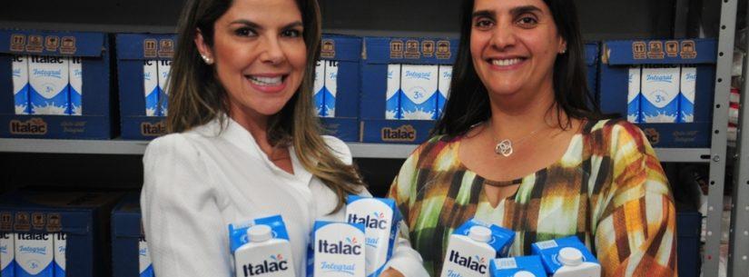 Fundo Social de Solidariedade recebe mais de 600 litros de leite arrecadados no evento Loucas Por Bazar