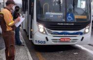 Prefeitura autua Praiamar Transportes por lotação e falta de limpeza de veículos