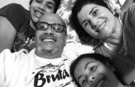 Professor lança livro sobre adoção tardia com parte da renda revertida à Casa Beija Flor, de Caraguatatuba