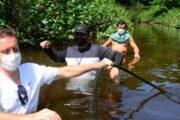 Prefeitura de Caraguatatuba fiscaliza irregularidades no Rio Tabatinga e na Ilha do Tamanduá