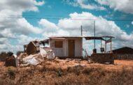 Fotolivro revela o cotidiano de moradores do sertão paraibano